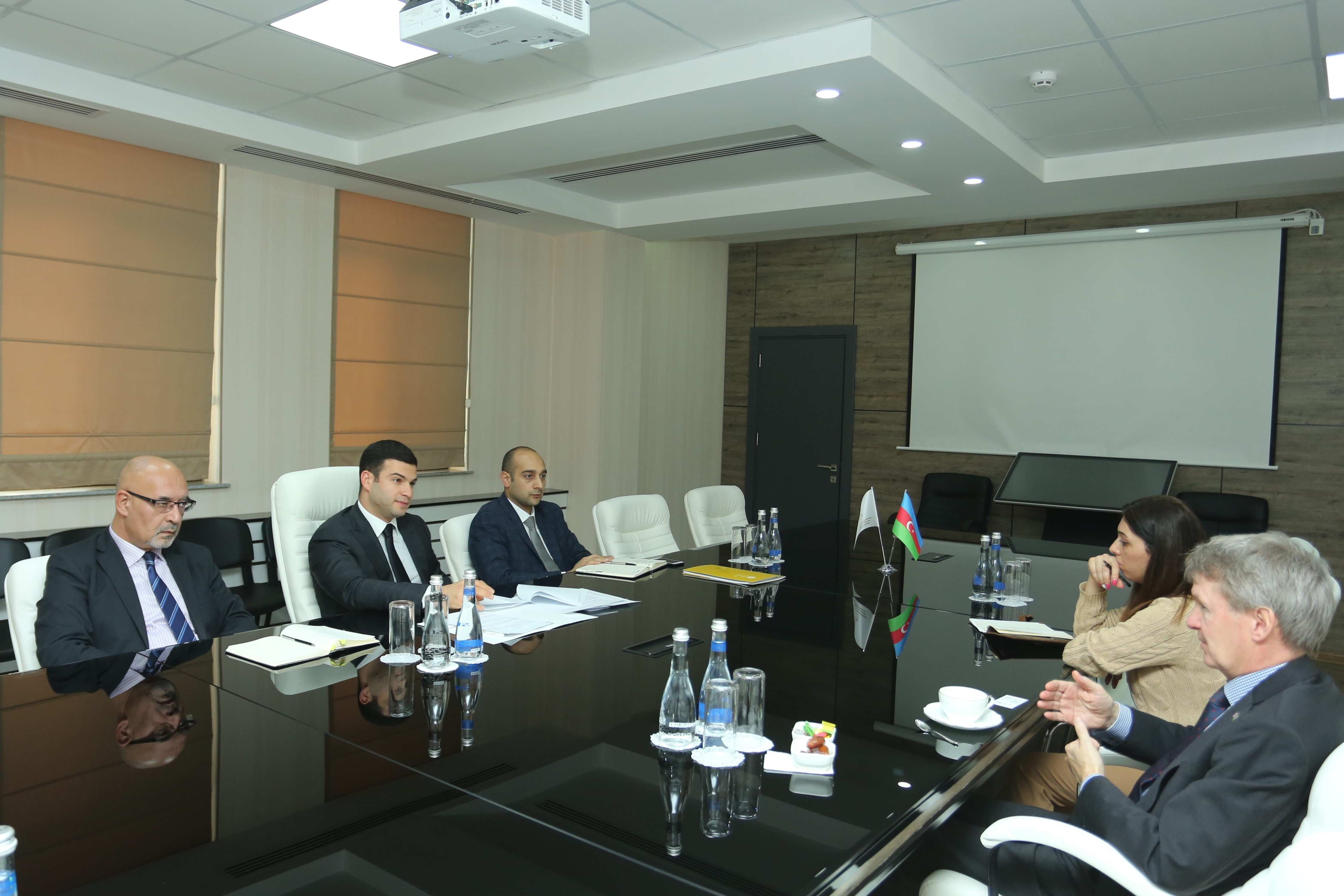 An exchange of views on cooperation in the field of SMB was held with the British Ambassador to Azerbaijan