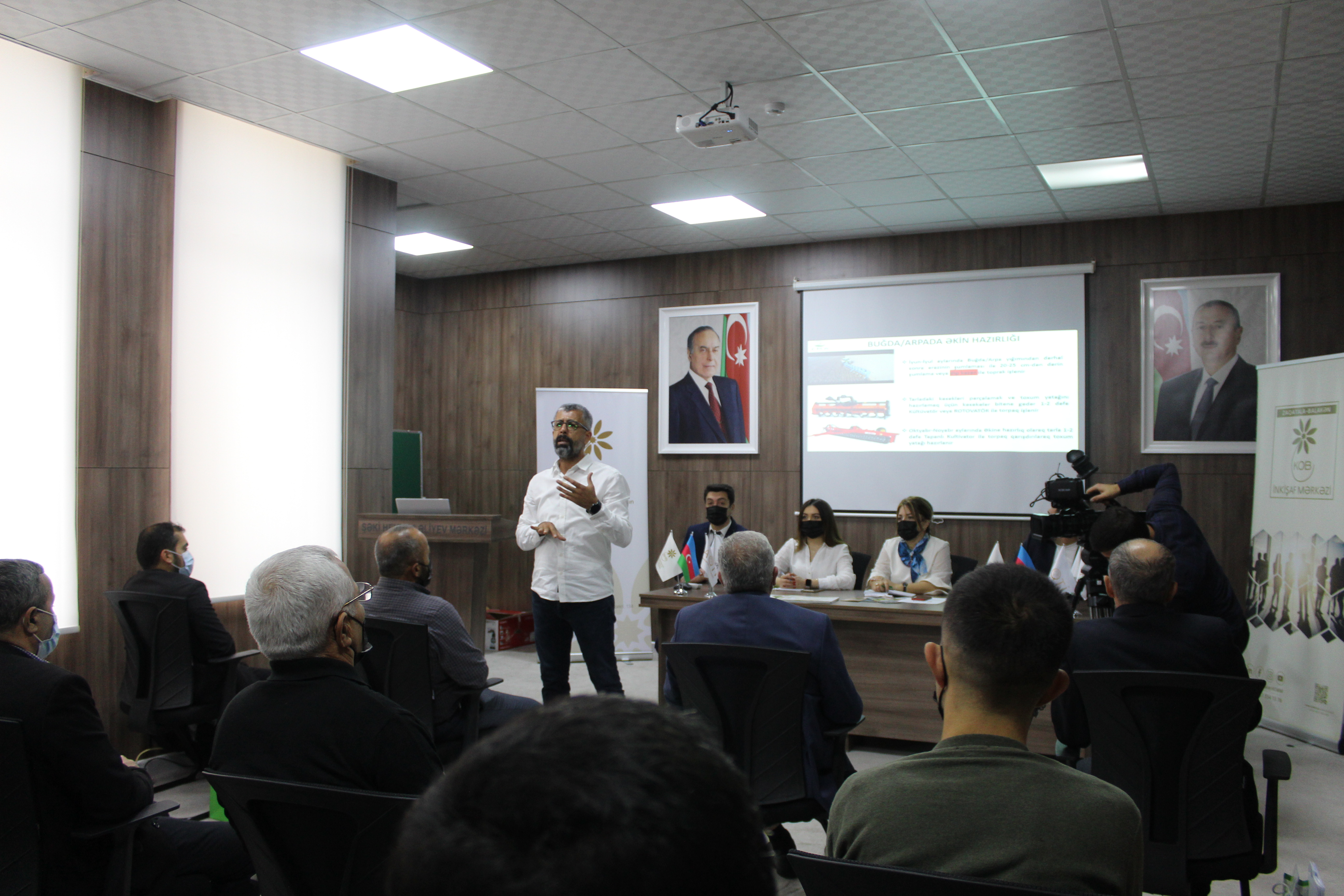 Meeting with farmers held in Shaki