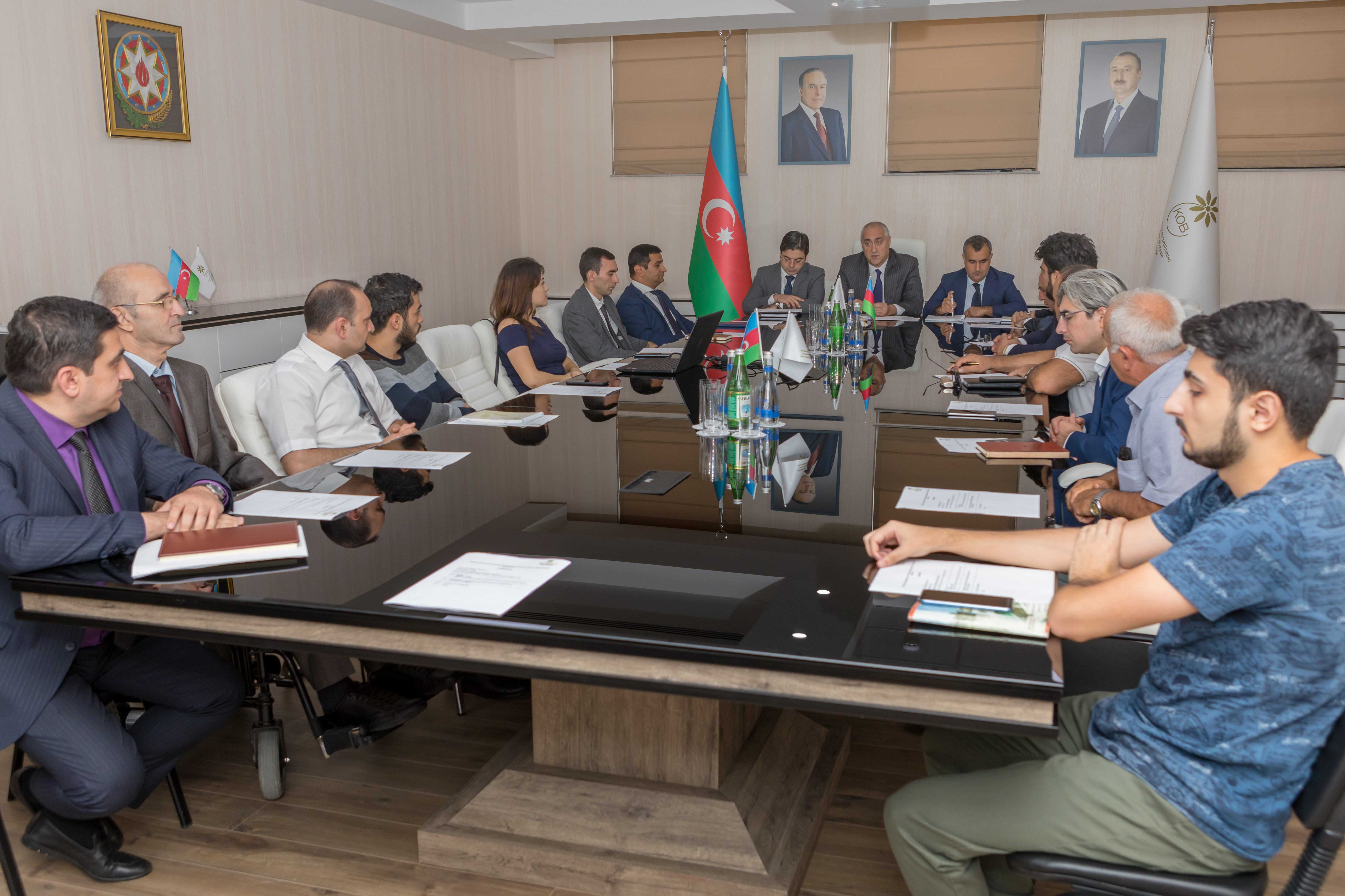 Meeting with business associations held
